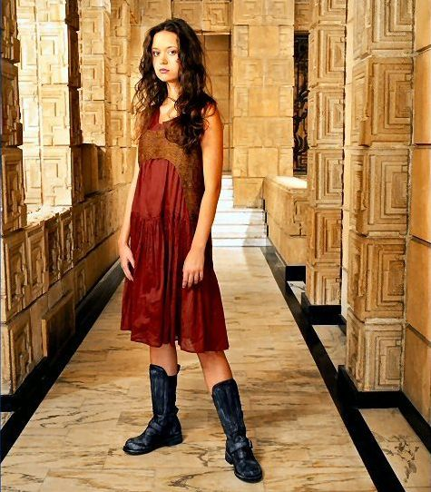 Summer Glau in Science Fiction | Contact – Infinite Futures